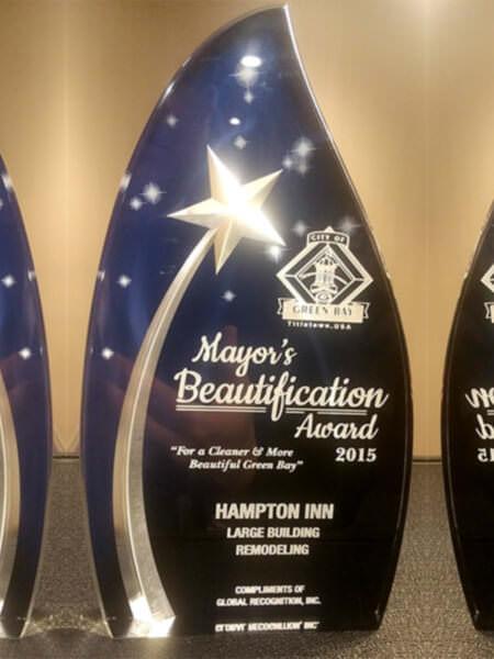 2015 Mayors Beautification Award Hampton Inn, Green Bay