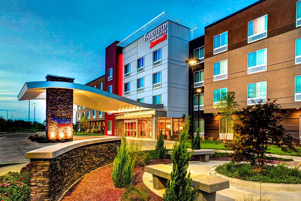 Fairfield Inn & Suites by Marriott Lansing at Eastwood